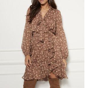 Eva Mendes brown floral ruffle dress